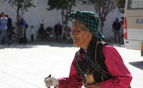 魅力青藏山东成团:烟台到西藏拉萨/布达拉宫/纳木措/林芝/雅鲁藏布大峡谷三卧11日h
